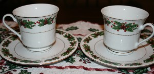 christmas tea cups